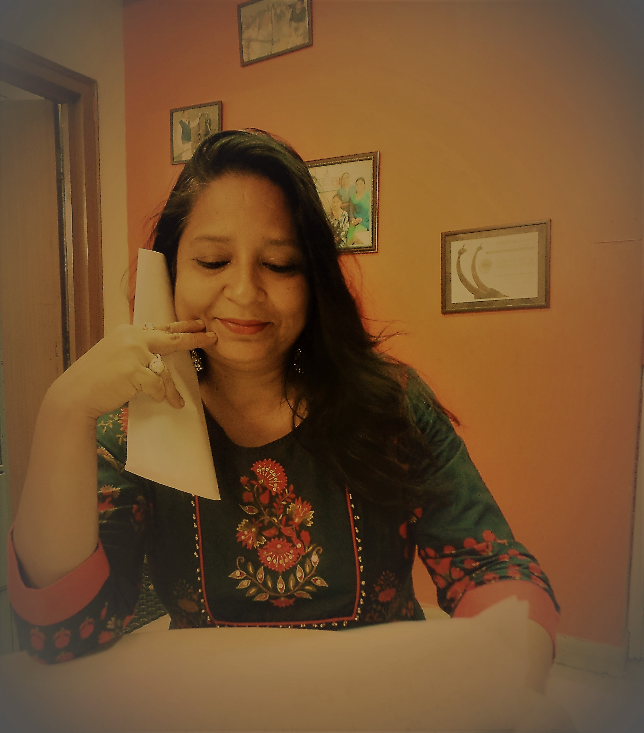 Radha goes to Jama Masjid on a Ramzaan evening, she misses her childhood freind Farzana , what does Radha write in her letter?